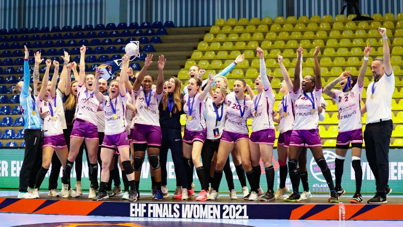 Zoom sur Marianne Buron, chargée de communication du club de handball féminin Neptunes Nantes